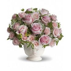 Bouquet de roses parisiennes avec des roses (moyen)