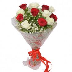12 bouquet de roses mélangées