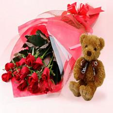 12 roses et ours en peluche