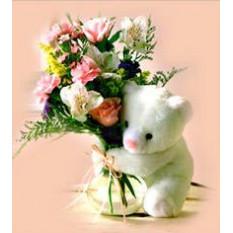 Roses Et Oeufs Dans Un Vase Avec Ours