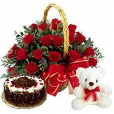 Skylark - 2,2 livres Gâteau de la Forêt-Noire avec 2 douzaines de roses rouges et d'ours