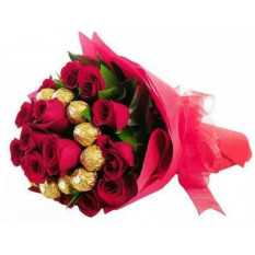 Bouquet Ferrero Rocher Et Rose