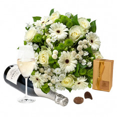 Simply White Bouquet & More
