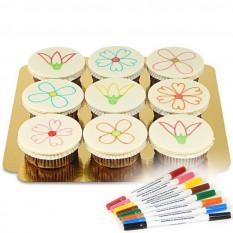 Petits gâteaux et crayons alimentaires