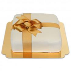 coffret cadeau gâteau blanc