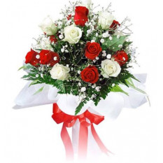 12 bouquet de roses rouges et roses