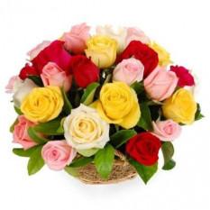 18 Panier de roses mélangées