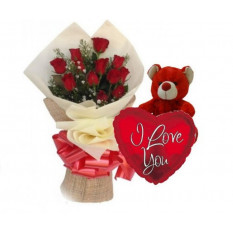 Bouquet De Roses Rouges Et Ferrero Rocher