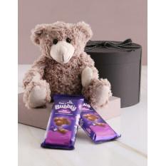 Chocolats Teddy et Cadbury dans une boîte cadeau (petit)