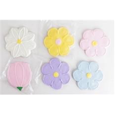 Biscuits assortis de fleurs